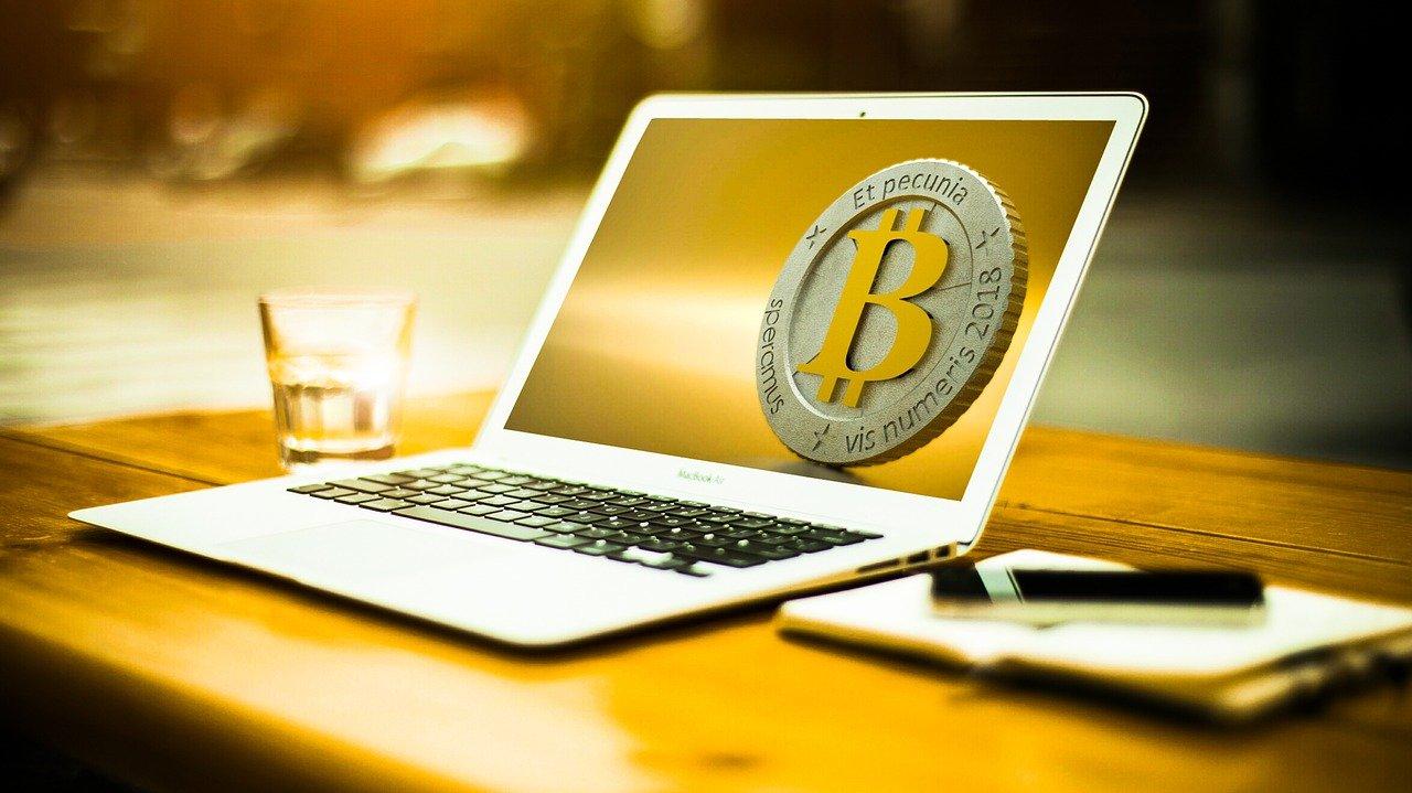 ¿Por qué Bitcoin y Ethereum experimentaron una caída?