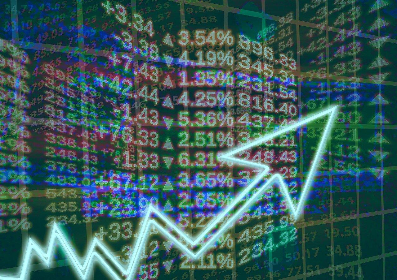 El IBEX 35 inicia la semana con un repunte de un 1,39%